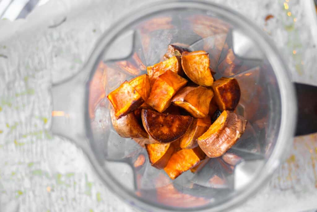 roasted sweet potatoes in vitamix blender
