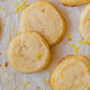 lemon shortbread cookies sprinkled with lemon zest